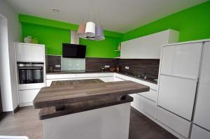 Ihre Küche vom Tischler: Wir gestalten und bauen Küchen in Leer (Ostfriesland), Emden, Aurich, Wittmund, Papenburg (Emsland), Meppen, Lingen, Cloppenburg.