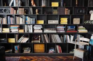 Stollenwände oder die Stollenwand sowie Trennwände vom Tischler sind ein Hingucker für jeden Raum.