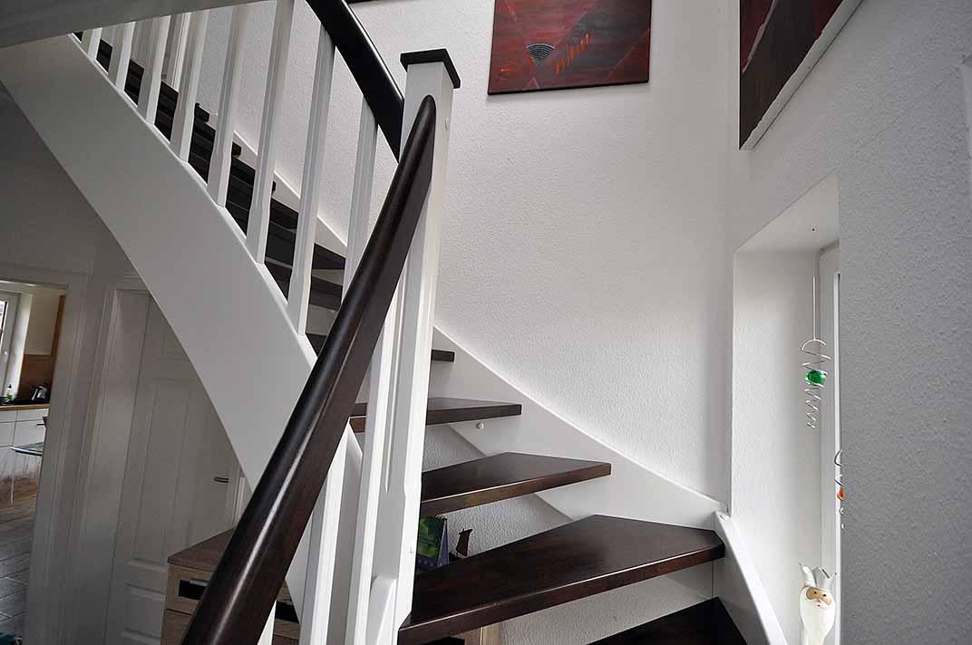 Treppe aus holz von brake die tischlerei - Treppen architektur ...